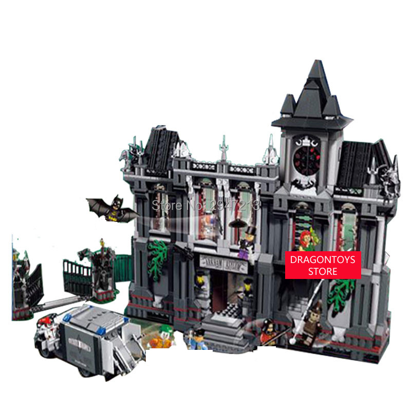 hot compatible LegoINGlys Batman Marvel Super hero Avengers Batman asylum Building blocks with Robin Clown figures brick toys hot compatible legoinglys marvel super hero avengers batman fighter building blocks modle robin clown figures brick toys gift