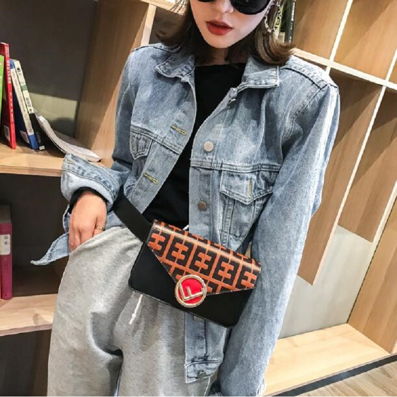 Women Waist Bag Mini Round Belt Bag Pouch Fashion Quilted Leather Fanny Pack Casual Ladies Crossbody Travel Chest Bag