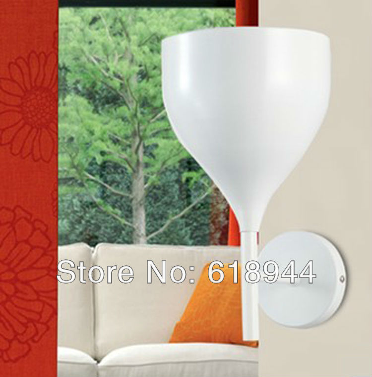 ФОТО European Milan Simple Iron Wall Lamp Light Lighting Rotaliana Drink light fixtures for sale