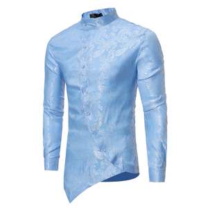 Image 4 - ペイズリー花シャツの男性 2017 ファッションゴールデン箔プリントメンズドレスシャツスリムフィット不規則な傾斜ボタンデザインシュミーズオム