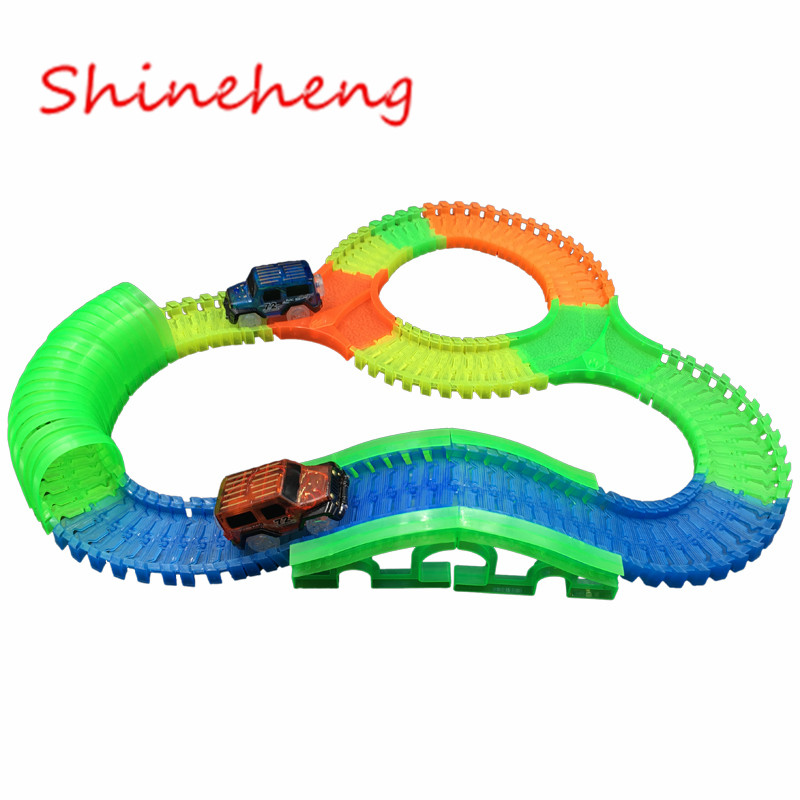 Shineheng Glowing Race Track Bend FlexIble Flash In The Dark Assembly Toy Plastic Crossing/Tunnel/Arch Bridge