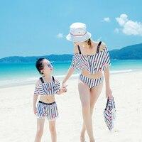 בגד ים ביקיני בגדי ים המשפחה אם ובתה 3 Pieces להתנפנף לבן פסים בגד ים החוף ללבוש