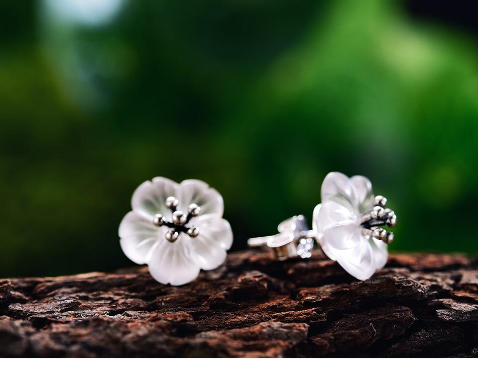 LFJA0036-Flower-in-the-Rain-Stud-Earrings_14
