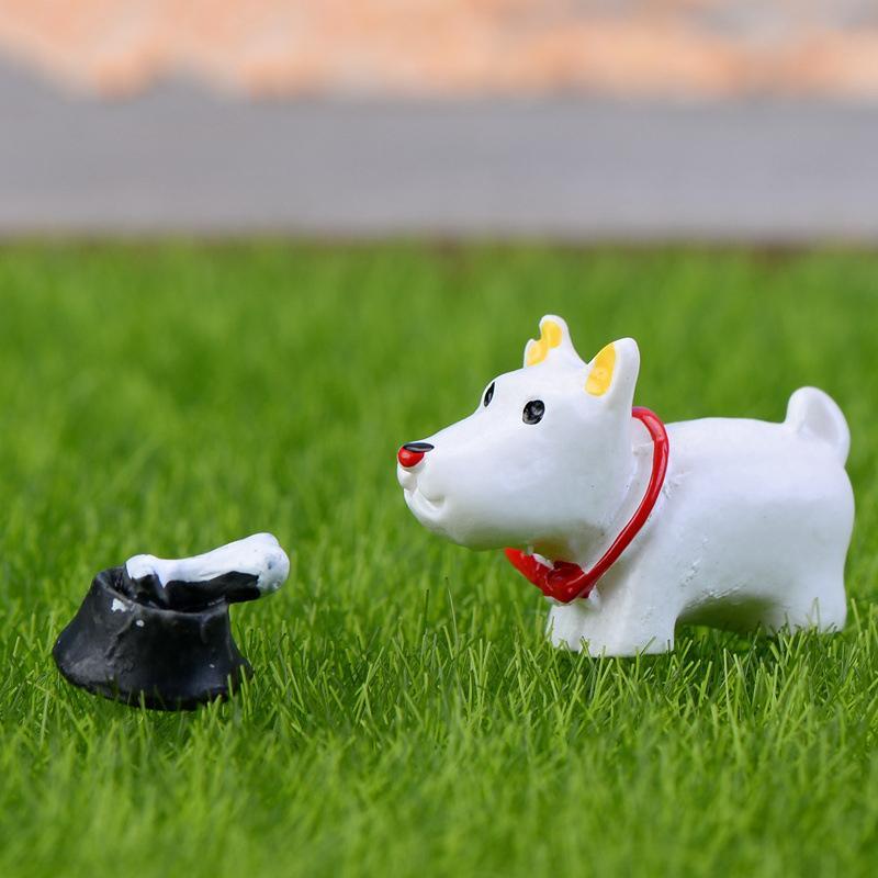 Hot World Moss Micro Landscape Gardening Resin Decoration Mini Dog Three Piece Suite Diy Garden Decor