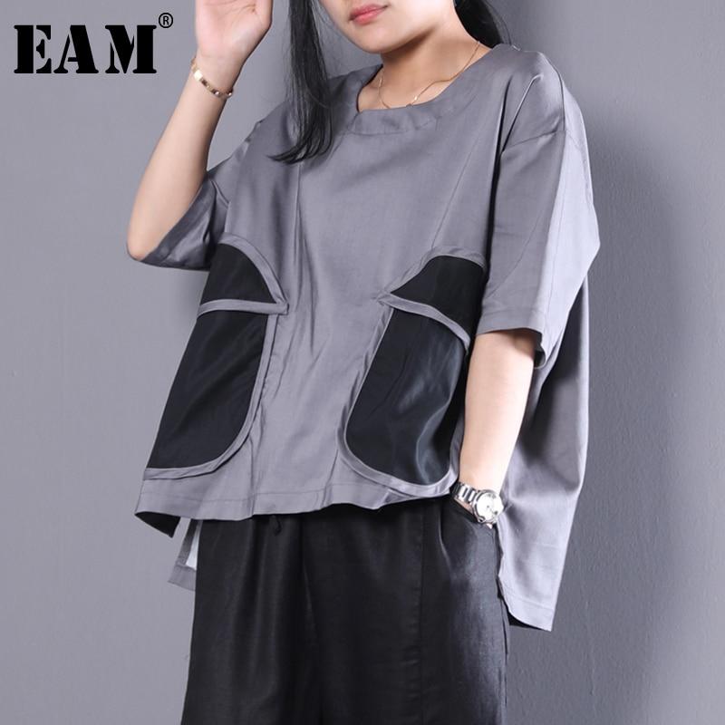 EAM] 2018 new round neck half sleeve big pocket split joint loose grayvent irregular big size shirt wome blouse fashion tide