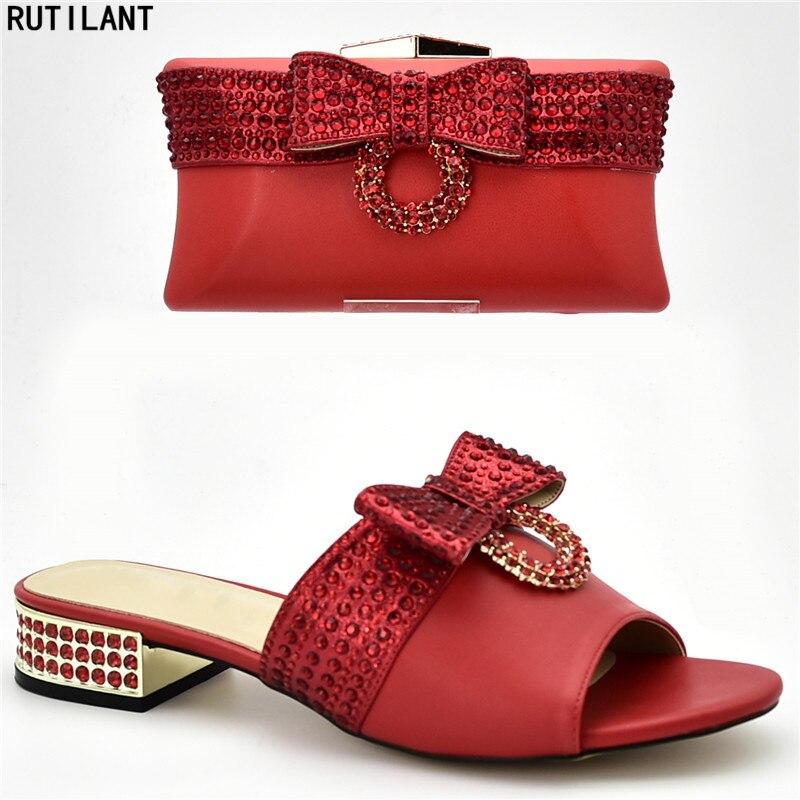 Et De Assortis Designers Luxe or Noir Nouvelle argent Strass Décoré Femmes Avec Les Sac Nigérian Arrivée Ensemble Sacs bleu Italiennes Chaussures rouge wq5CA0
