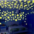 100 шт. флуоресцентные светящиеся наклейки 3 см Звезды наклейки детские спальни флуоресцентные светящиеся наклейки Рождественский подарок игрушки для детей