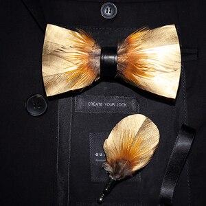 Image 5 - JEMYGINS الأصلي إيطاليا تصميم جديد ربطة العنق ريشة Brid الطبيعية رائعة يدوية الرجال ربطة القوس فيونكة بروش دبوس علبة هدايا خشبية مجموعة