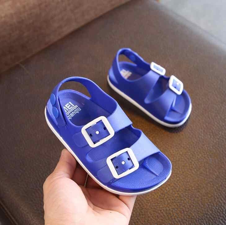 YWPENGCAI 2020 yaz çocuklar plaj ayakkabısı erkek kaymaz plastik sandalet açık parmaklı yürümeye başlayan çocuk sandalet düğmeleri toka erkek sandalet