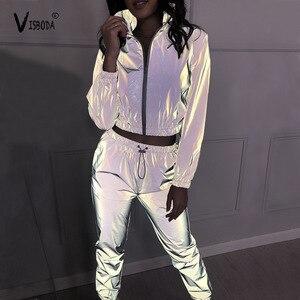Image 2 - Conjunto de chándal de 2 piezas para mujer, pantalón corto reflectante de Hip Hop, chaqueta holgada con cremallera, conjunto de abrigo a juego de talla grande