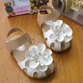 Hot Summer for children/girl/kid fashion princess flat  shoe  breathable  casual  sandals  flower  antislip  leather sandal