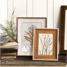 Solid wood photo frame family picture frame American-style old-fashioned pastoral simple wedding photo frame 5 6 7 8 10inch success style polyresin photo frame 4 x 6 picture