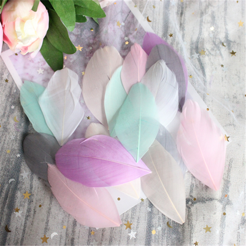new! Wholesale blood color 50pcs high quality natural goose feather, 4-7cm DIY jewelry decoration 18 colors