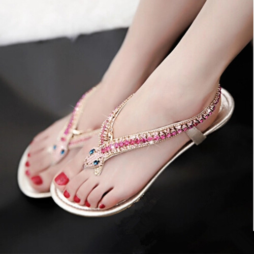 ФОТО 2016 summer new European and American Women shoes fashion golden diamond snake diamond rhinestone thong flip Women sandals