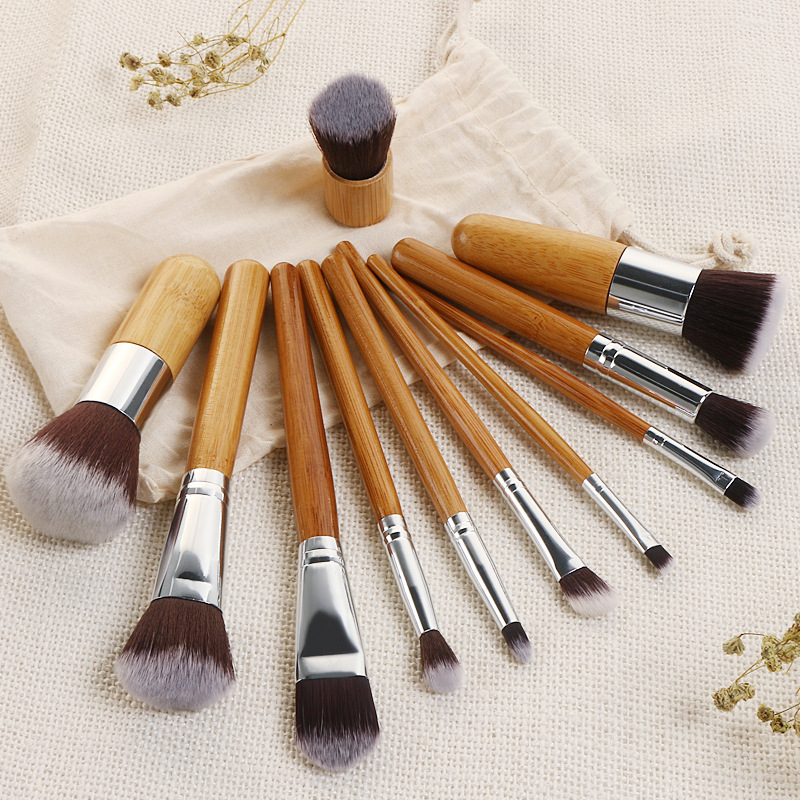 New 11pcs Natural Bamboo Handle Makeup Brushes Set High Quality Foundation Blending Cosmetic Make Up Tool Set With Cotton Bag 24pcs professional makeup natural wooden handle brushes set foundation blending brush tool make up brushes with bag sponge puff