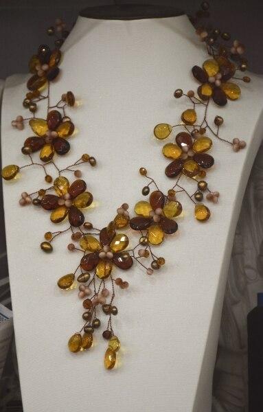 Colliers et pendentifs offre spéciale femmes Collier Collares rond 2017 nouveauté Design de mode marron cristal fleur Collier