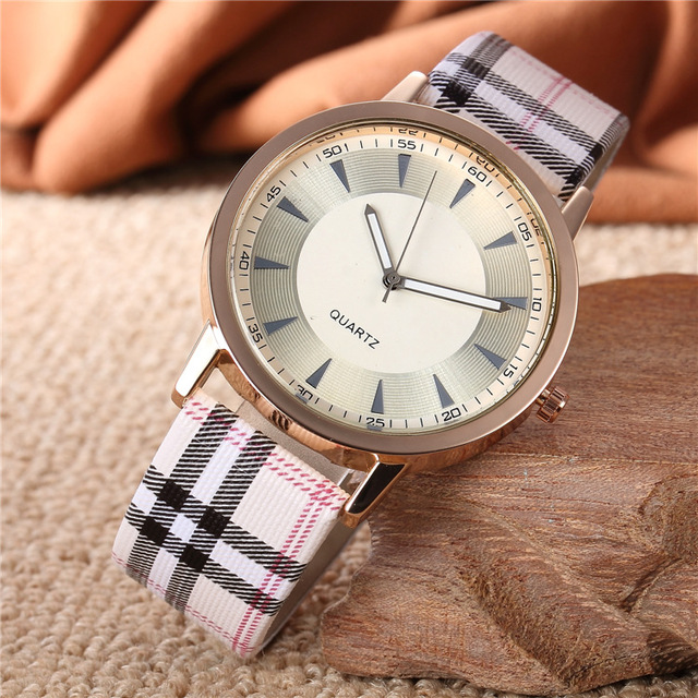 High Quality Plaid Leather Strap Watch Women Men Atmos Dress Quartz WristWatch R