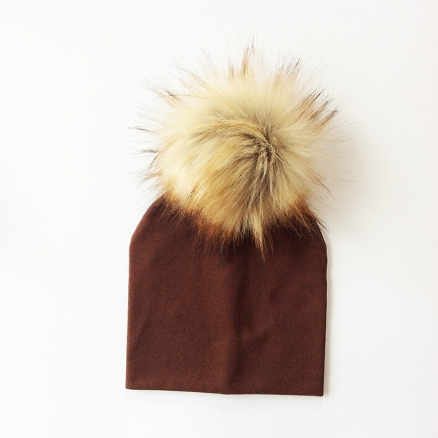 Kid's Hat With Pompon 7