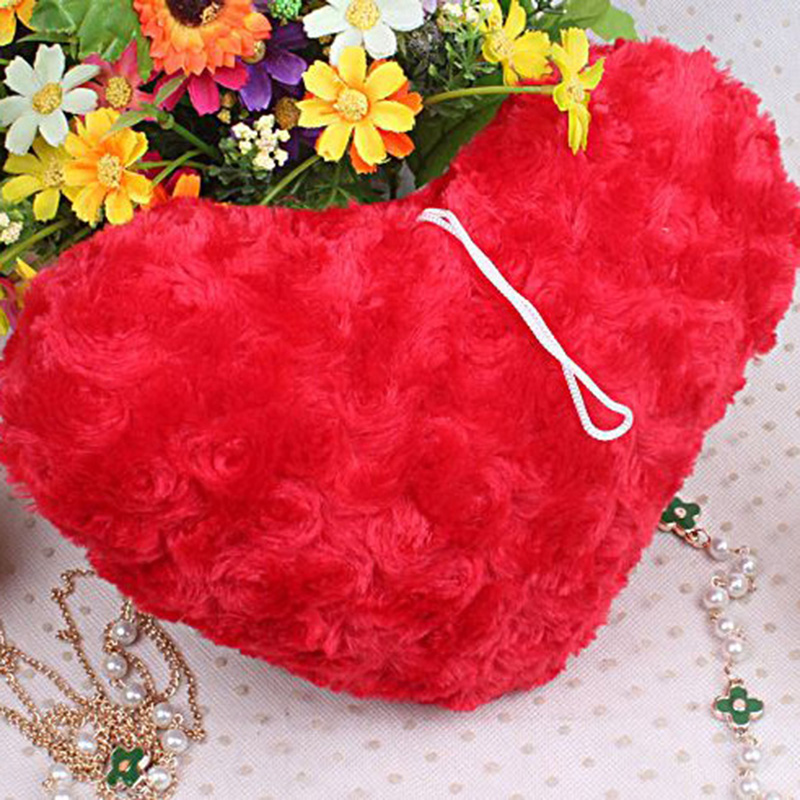 1pcs plush pillow creative couple heartshaped hold pad wedding love pillow soft cotton cushion
