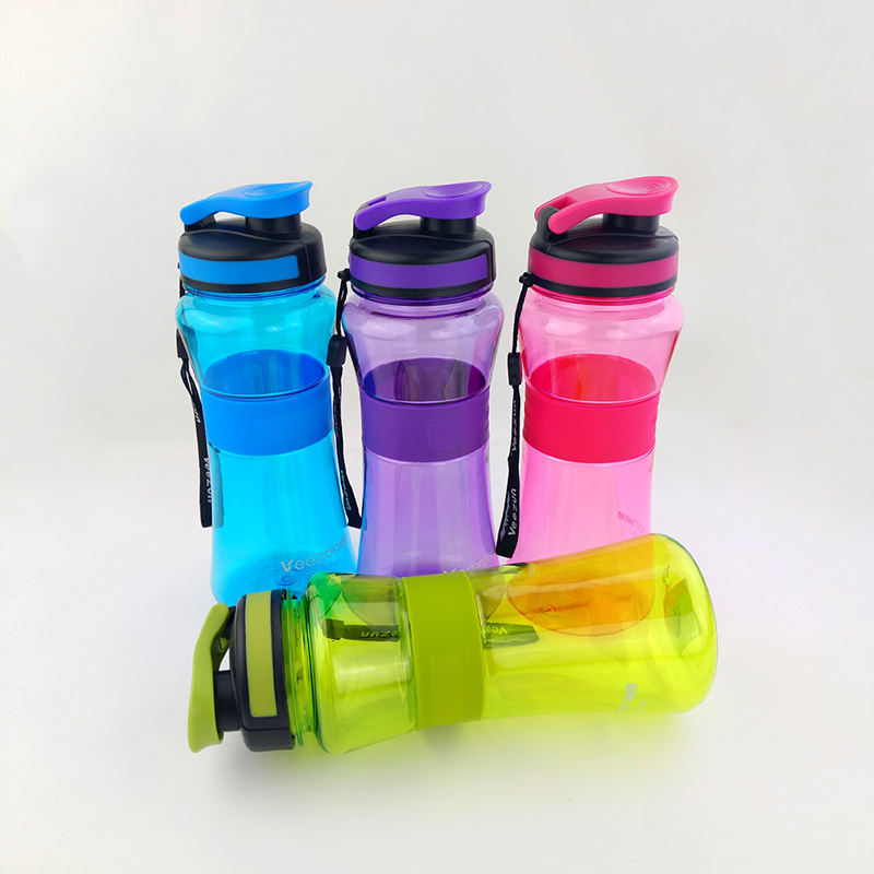 550ml 700ml Sports Water Bottle With Tea Infuser Portable Plastic Drinking Water Bottles For Hiking Bike Bicycle Cycling Camping