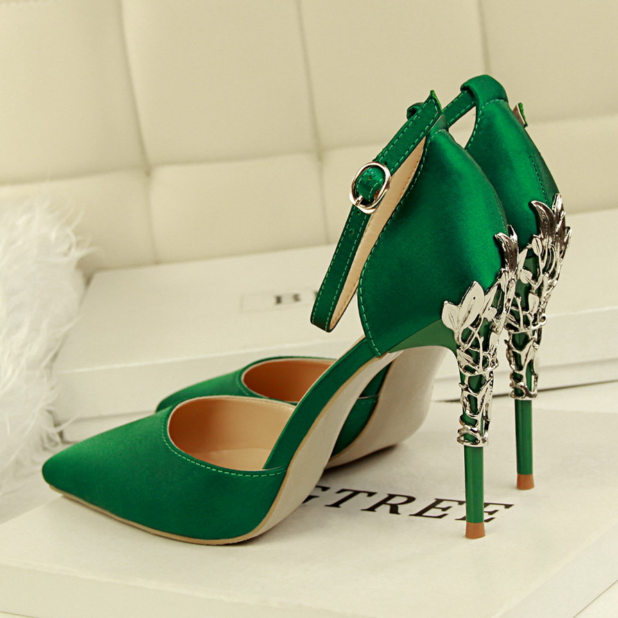 Detail Feedback Questions about BIGTREE 2018 Sexy Women 10cm High Heels  Pumps Wedding Metal Heels Satin Sandals Buckle Strappy Silk Stiletto Bridal  Green ... 2a927a78adec