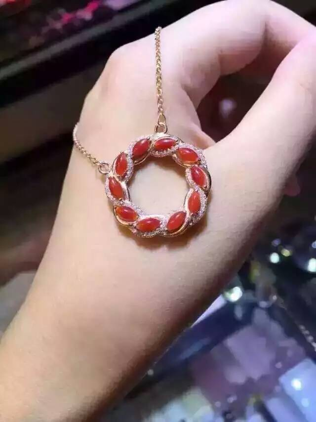Фото Natural red coral Necklace natural gemstone Pendant Necklace S925 silver Fashion  Elegant Circle fire wheel women party Jewelry. Купить в РФ