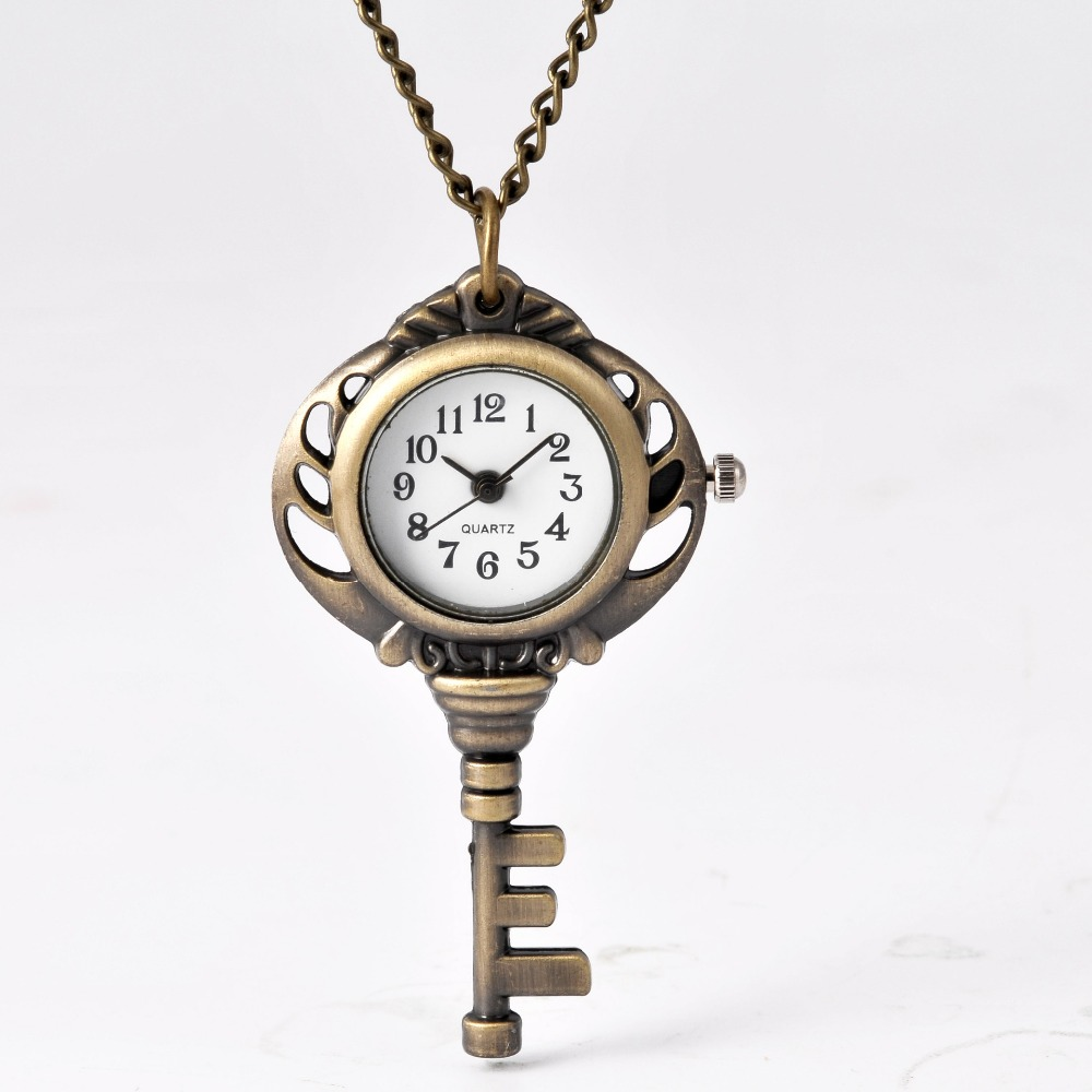 7053 Bronze Men And Women Pocket Watch Stereo Key Classic Quartz Pocket Watch With Necklace Men And Women Gifts