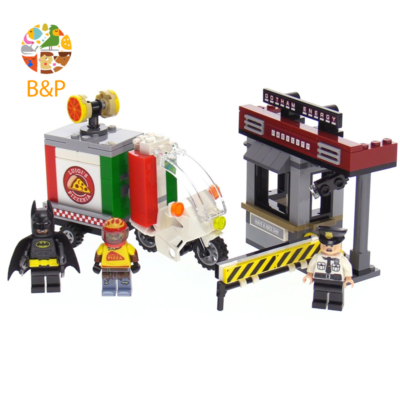Leoging 70910 204Pcs Batman Movie Series Scarecrow Pizza Delivery Car Set Building Blocks Bricks Education Toys Gift LEPIN 07057 new 1628pcs lepin 07055 genuine series batman movie arkham asylum building blocks bricks toys with 70912 puzzele gift for kids