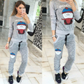 New 2017 Autumn Women 2 Piece Set Print Women Sporting Suit Patchwork Crop Top And Elastic Legging Capris Sporting Casual Suit