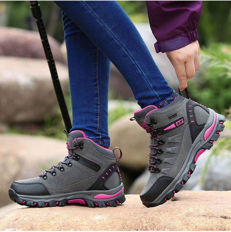 outdoor-hiking-boots-for-men-and-women (7)