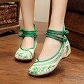 Бамбук Старый Пекин Вышитые Женская Обувь Мэри Джейн Плоским Пятки Джинсовые Китайский Стиль Случайный Ткань Плюс Размер Женской Обуви