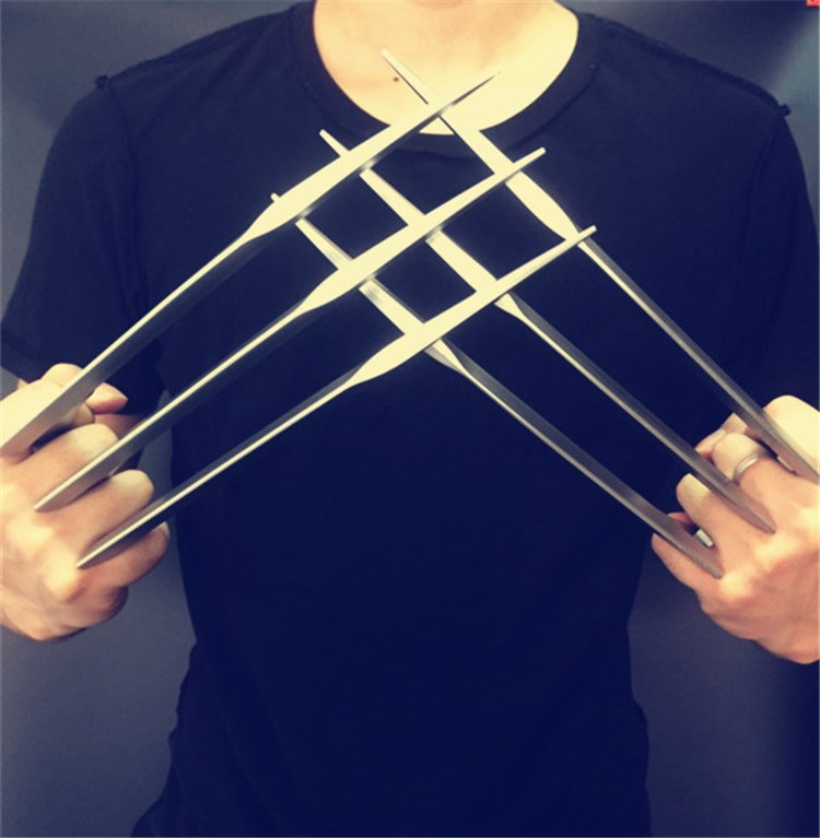2PCS X-Men ABS Claws Blade Cosplay Props New Version Halloween Wolverine Prop