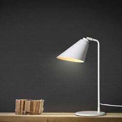 Minimalistyczne lampy Nordic osobowość twórcza regulowane biurko światła uczniowie oko lampka do czytania pracy lampy książka lampa