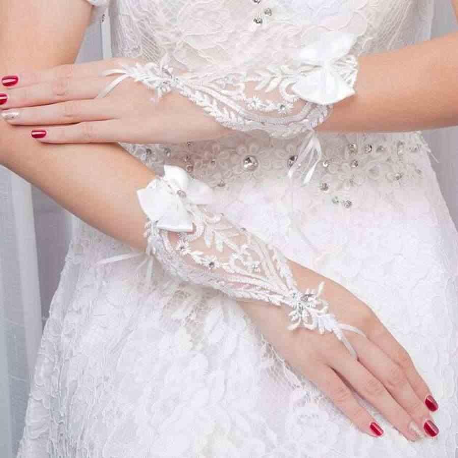 Trắng Ngón Bridal Găng Tay Găng Tay Ren Appliqued Bow Đính Cườm Găng Tay Găng Tay Cưới Phụ Nữ Phụ Kiện Đám Cưới Miễn Phí Vận Chuyển Barato