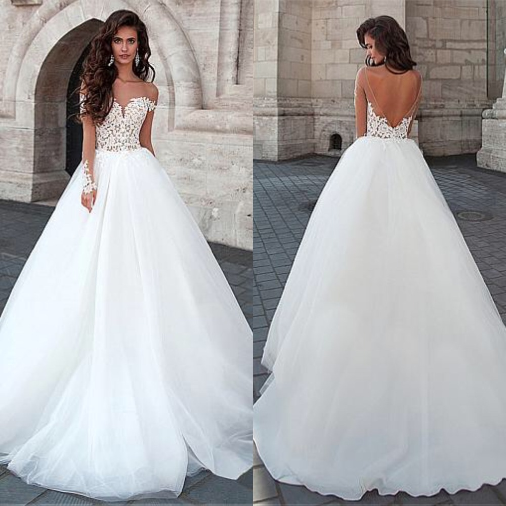 Attractive Tulle Bateau Neckline Ball Gown Wedding Dresses With Lace Appliques Backless Bridal Gowns Robe De Mariage