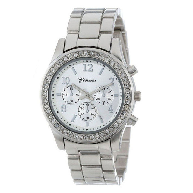 Chronograph Quartz Plated Classic Round Crystals Watch 2