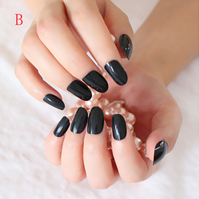 Shiny False Nails Clic Black Lady Acrylic Nail Tips Full Cover Manicure Salon Products 24pcs