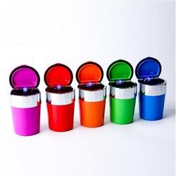 Kolorowe popielniczka samochodowa na śmieci kubek do przechowywania pojemnik światła LED popielniczka dla wszystkich samochodów Car Styling akcesoria samochodowe