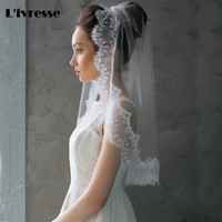 2017 New Elegant Short Wedding Veil Lace Edge One Layer White Ivory Bridal Veil With Comb Soft Tulle Voile Mariage