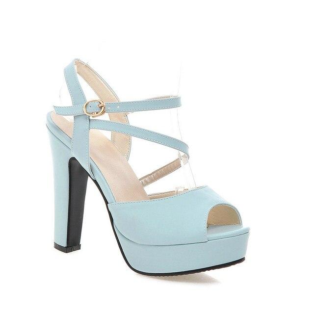 QUTAA Moekad naiste kingad