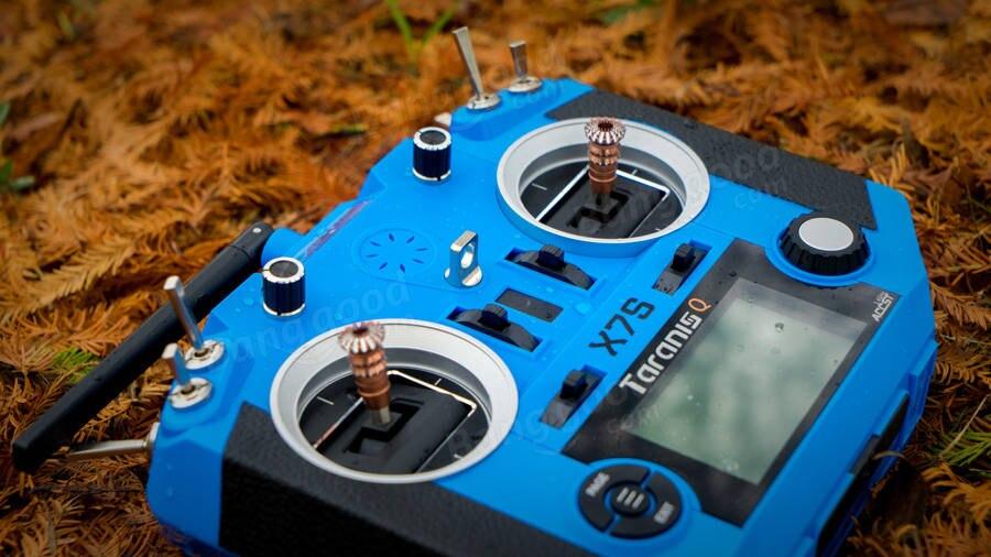 Q X7S ACCST Taranis Frsky 2.4G 16CH Transmissor TX Modo 2 M7 Cardan Saco Treinador Livre Ligação App Sem Fio para Modelos de RC