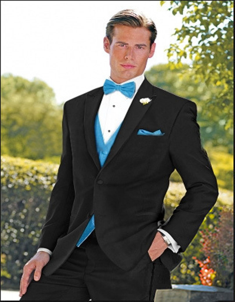 2017 Best Sellers Man Blazers Custom Made Peak Lapel One Button Three Pockets Man Suits (Jacket+Pants+Vest+Bow Tie)