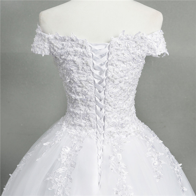 ZJ9145 2020 new White Ivory Elegant Ball Gown Off Shoulder Wedding Dresses for brides Lace sweetheart with lace edge Plus Size 4