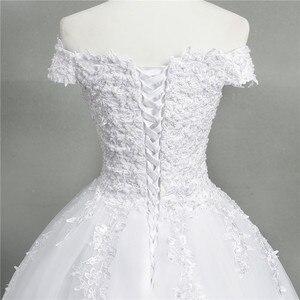 Image 4 - ZJ9145 2019 yeni Beyaz Fildişi Zarif Balo Elbisesi Kapalı Omuz Gelinlik gelinler için Dantel sevgiliye dantel kenar Artı boyutu