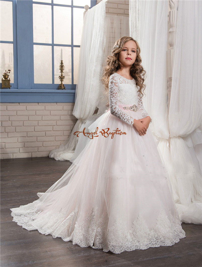2017 New princess white long sleeve ball gown flower girls dresses appliqued tulle lace with pink bow kids communion gowns 4pcs new for ball uff bes m18mg noc80b s04g