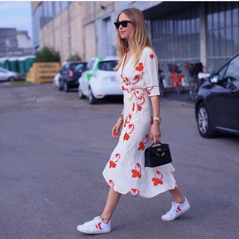 все цены на Women White Wrap Dress Floral Print Deep V Neck Half Sleeve Sexy Elegant Long Dresses With Belt For Spring Summer