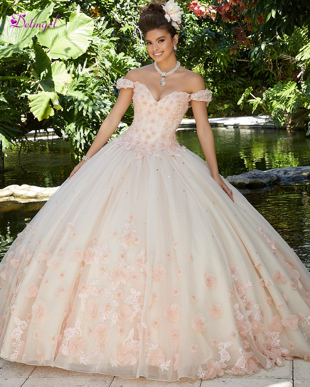Detmgel Sexy Boat Neck Beaded Flowers Ball Gown Quinceanera Dresses 2019 Luxury Appliques Debutante Dress For Vestido De 15 Anos(China)