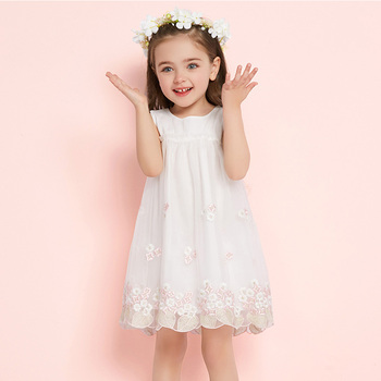 3a6f9d5556599 Simyke niños blanco princesa vestido para niñas 2018 nueva chica vestido de  encaje bordado verano niño ropa niños ropa W8551