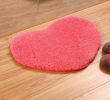 High quality Love Plush Carpet Heart Mats Area rug for Bathroom Bedroom Kids Room Doormat Skid Resistance Custom Floor Mat