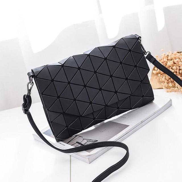New small solid plaid geometric envelope style handbag 1
